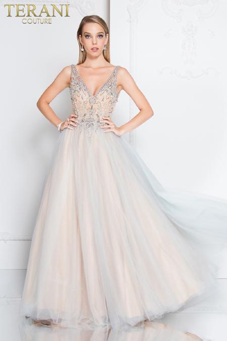 Тенденции при балните рокли за 2018 година