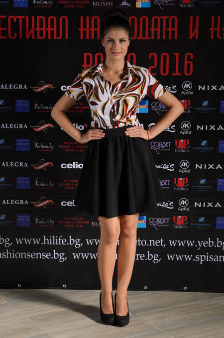 Колекция на АрКе на Фестивалa на модата и красотата Варна