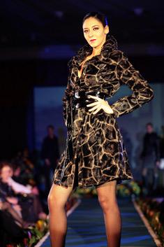 """Модел на германската модна къща """"Никова"""""""