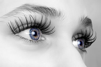 Как да запазите красотата на очите си