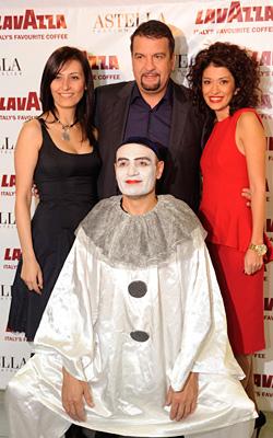 Дизайнерката Аля Милушева представи колекция LAVAZZA 2011, вдъхновена от тайните на Италия и любовта