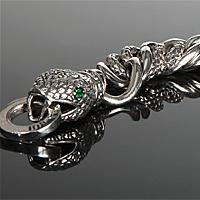 Змията е символът в новата колекция бижута на Барбара Буй