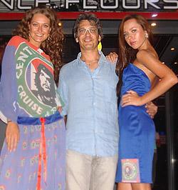 Горещи момичета показаха  колекцията на CenTransit.bg на остров Родос в Гърция