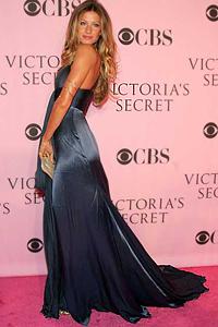 Бразилката от Рио Жизел Бюндхен е най-доходната за модните агенции