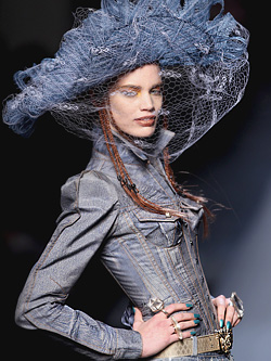 Paris Haute Couture Жан Пол Готие, Пролет 2010