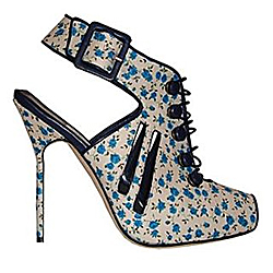 Колекция обувки Пролет-Лято 2010 на Manolo Blahnik