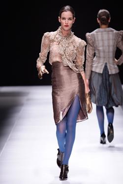 Южна Африка падна в краката на дизайнерката Веселина Пенчева