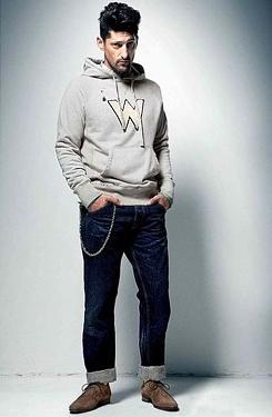 Рекламна кампания на Wrangler за сезон пролет-лято 2010