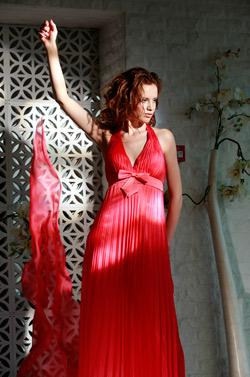 Бални рокли и вечерни тоалети на Mon Amour за 2010