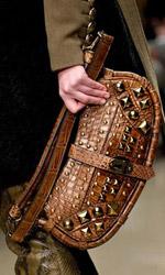 Стилна алигаторска чанта от Burberry
