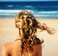 Плажна мода на прическите за лято 2010