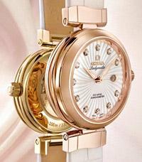 Интелигентен дамски часовник от Omega
