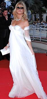Модни тенденции лято 2010: Бялото