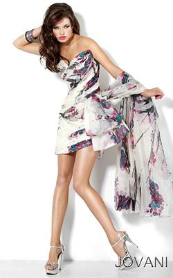 BELNOIR представя уникални абитуриентски рокли 2012 на американски дизайнери