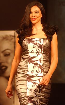 Top Model of The World 2011 Лоредана Виолета Салантана 10 годишнината на Вечери на модата