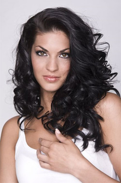 Мис България 2011 стана чаровната Ваня Пенева