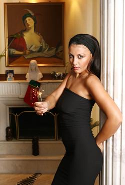 Венета Харизанова готви пищна сватба през януари