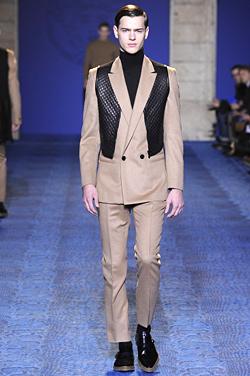 Versace визия за мъжката мода през ЕСЕН-ЗИМА 2011/12: триизмерност