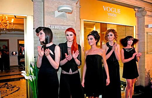 Митко Дамов и Vogue Vision представиха тенденциите в косите за 2011 на VIP дефиле