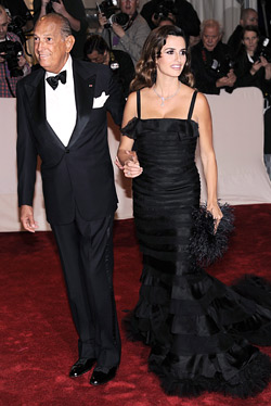 Oscar de la Renta and Penelope Cruz