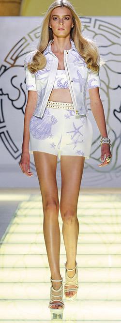 Колекция на Версаче Пролет-Лято 2012