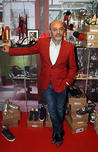 Лубутен откри своя изложба с обувки в Лондон