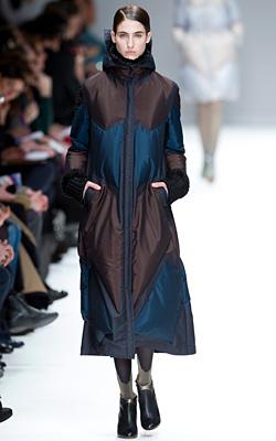 Париж представи есен-зима 2012-2013 в тъмни цветове