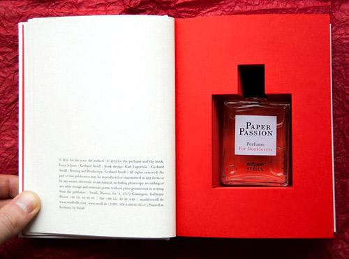 Създадоха парфюм, който ухае на книга