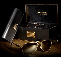 Долче и Габана пуска колекция златни очила