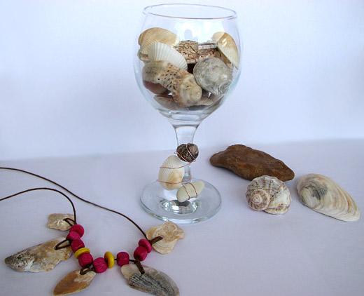 Декорация в чаша с миди и рапани