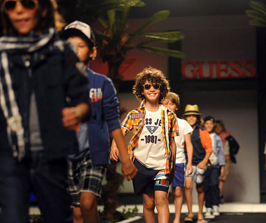 Моряшкият стил доминира в пролетно-летните детските колекции за 2012