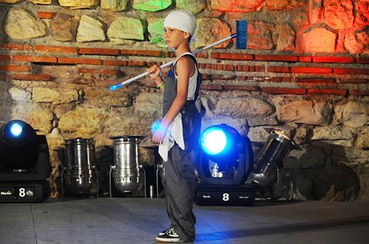 Фестивалът NEW STARS – събра на една сцена известни изпълнители и млади таланти