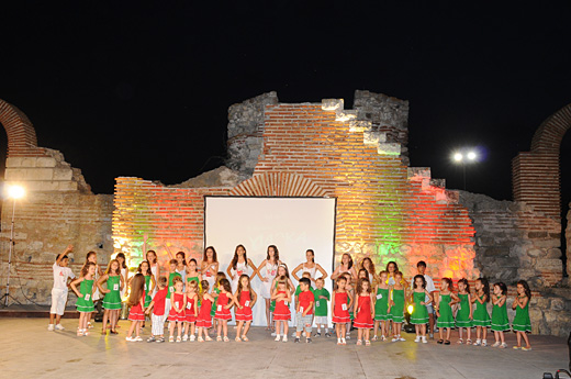 Десети юбилеен конкурс Малка Мис и Малък Мистър България 2012