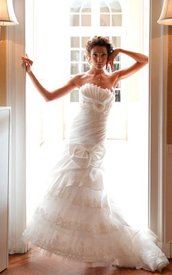 Мисис България 2011 Катя Роуз е на корицата на Сватбен каталог