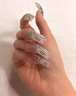 New trend in manicure for 2014 - 3D nail polish