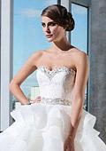 Колекция булчински рокли 2014 на Justin Alexander Bridal в нов бутик във Варна