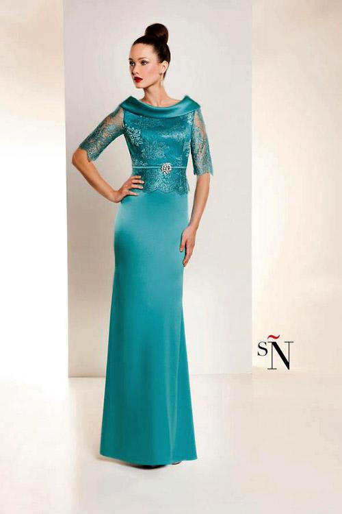 Chaparrita madura en vestido corto - 1 1