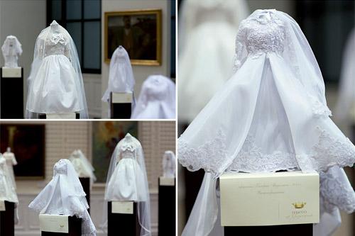 Булчинските рокли на кралските особи