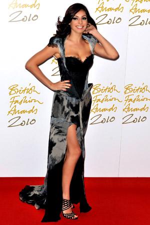 И призът за най-красиви крака се връчва на... Кели Брук