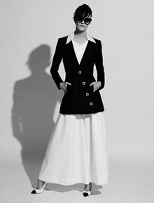 Кремена Оташлийска във фотосесия на Карл Лагерфелд за Chanel