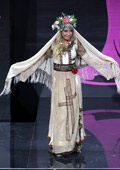 Мис Вселена 2013 на подиума в Русия