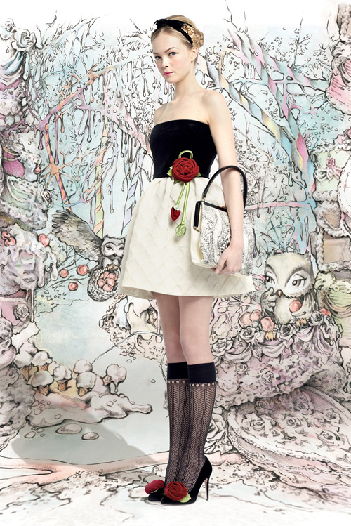 Приказки за модата: Red Valentino Есен/Зима 2013/2014