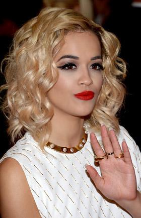 """""""Материално момиче"""" на Мадона с ново лице - R&B изпълнителката Рита Ора"""