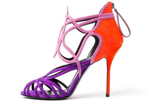Модни тенденции Пролет-Лято 2013: Кралицата на сърцата