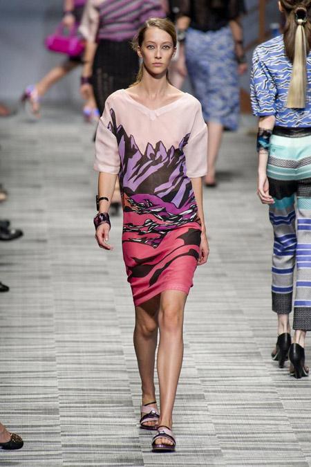 Модни тенденции при принтовете в дамските облекла за Пролет/Лято 2014