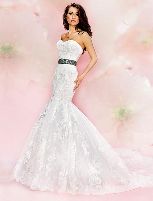 Как да изберете роклята на своите мечти за сватбата или за бала?