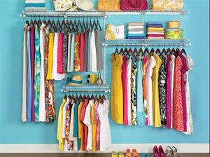 Жените на почивка с 150 дрехи в куфара