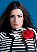 Райета и цветя - ефектна комбинация за пролет-лято 2013