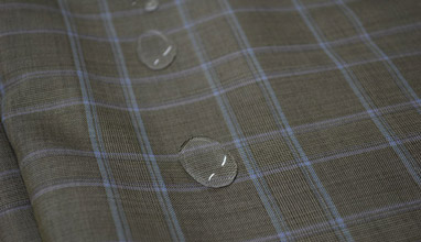 Dormeuil offers a new fabric for men's summer suits