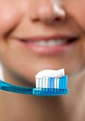 Мийте си зъбите редовно за запазване на паметта